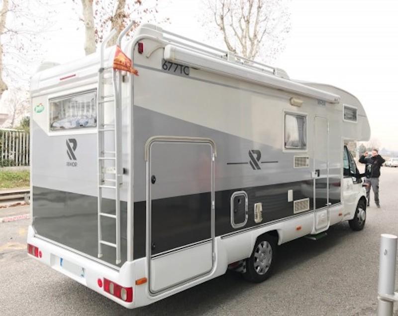 Camper Ford