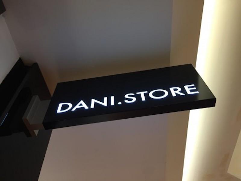 Dani Store
